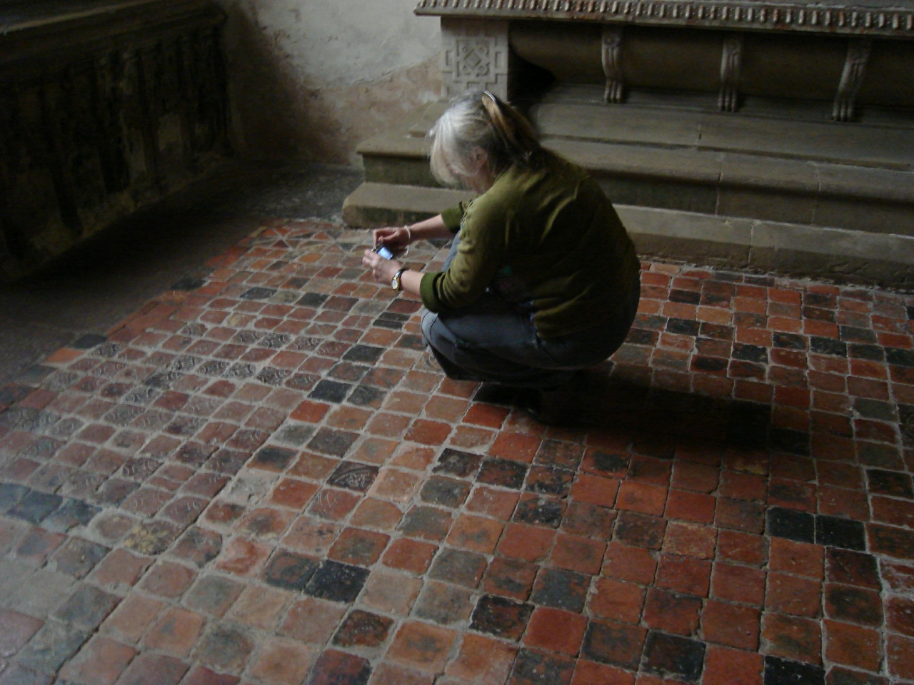Medieval tile research